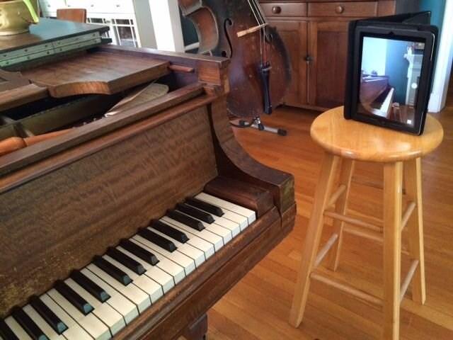 Bradley Sowash website image showing device position for online jazz piano lessons.jpg